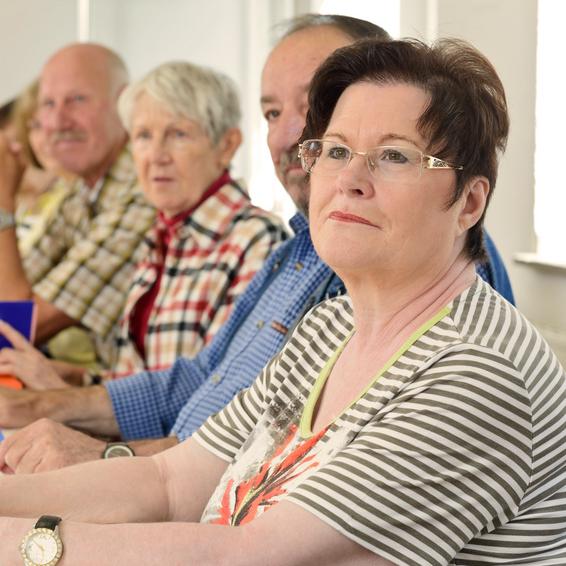Bild von einer Arbeitsgruppe; Quelle: Website von Berlin Energie; © Fotolia.com